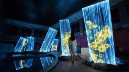 Дизайнери превърнаха стара японска баня в магическа атракция
