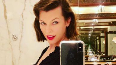 Бременната Мила Йовович не прилича на себе си