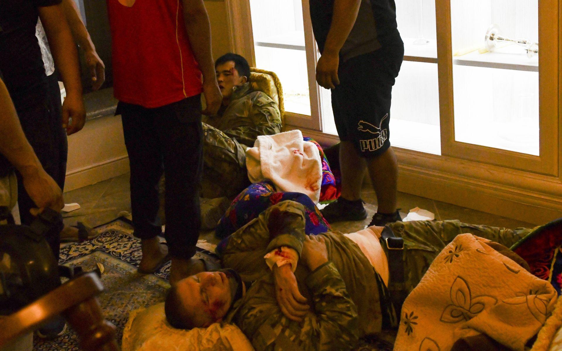 Ранени командоси по време на опита им да арестуват Атамбаев
