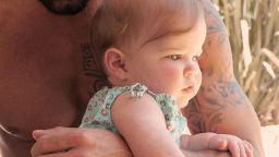 Рики Мартин показа дъщеря си за първи път