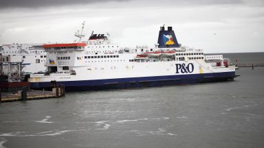 Италия отваря пристанищата за круизните кораби