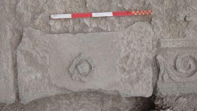 """Археолозите откриха два нови древни надписа в """"Акве калиде"""""""