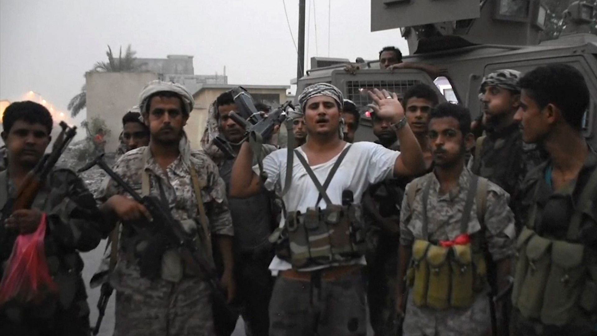 Какво ще се случи в Йемен след превземането на Аден от южните сепаратисти