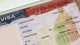 """Американска виза ще се дава само на """"финансово независими"""" кандидати"""