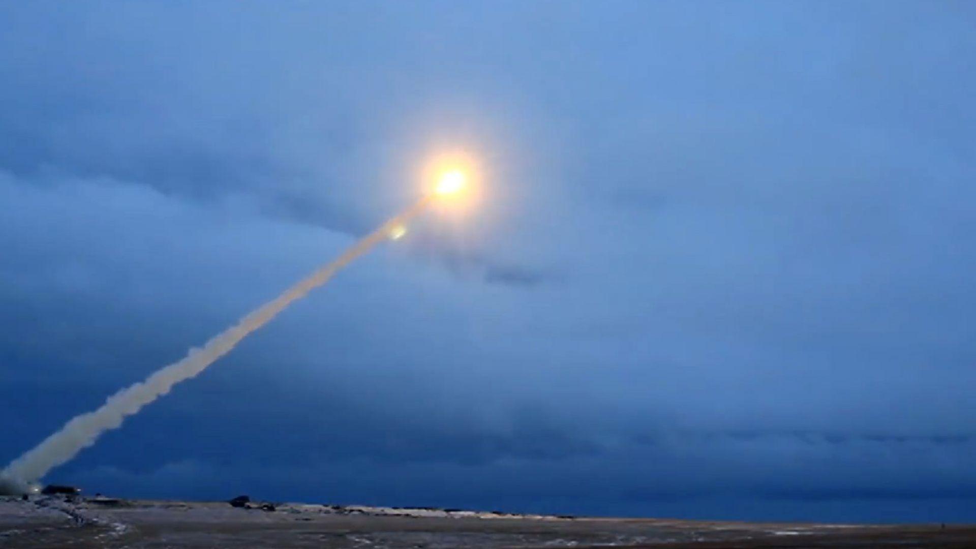 Какво знаем за ракетата, която причини ядрен инцидент в Русия