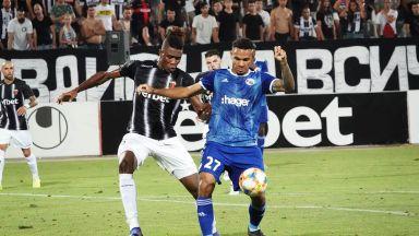 След куп перипетии, Локо уреди лидера на защитата за мача в Страсбург