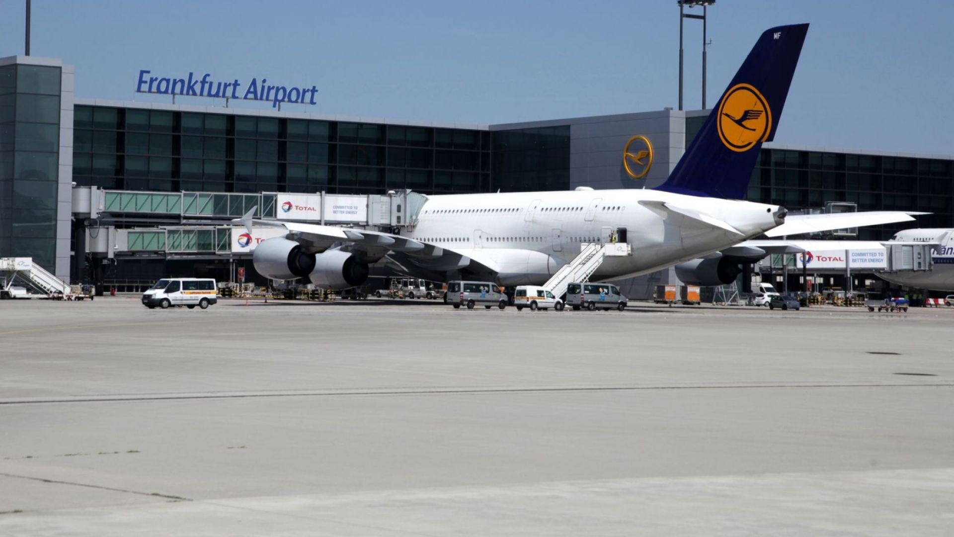Германия започва масово тестване за коронавирус по летищата
