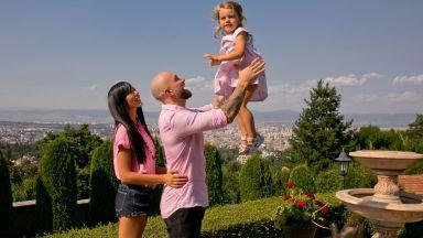 Вяра и Стойчо Младенови: Пикантна любов от пръв билборд