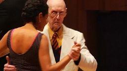 99-годишен ветеран се състезава на Световното по танго в Аржентина