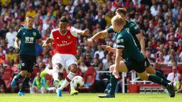 Обамеянг подари на Арсенал най-добрия старт от десетилетие насам