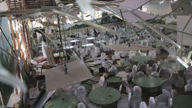 Над 60 убити при самоубийствен атентат на сватба в Кабул (снимки)