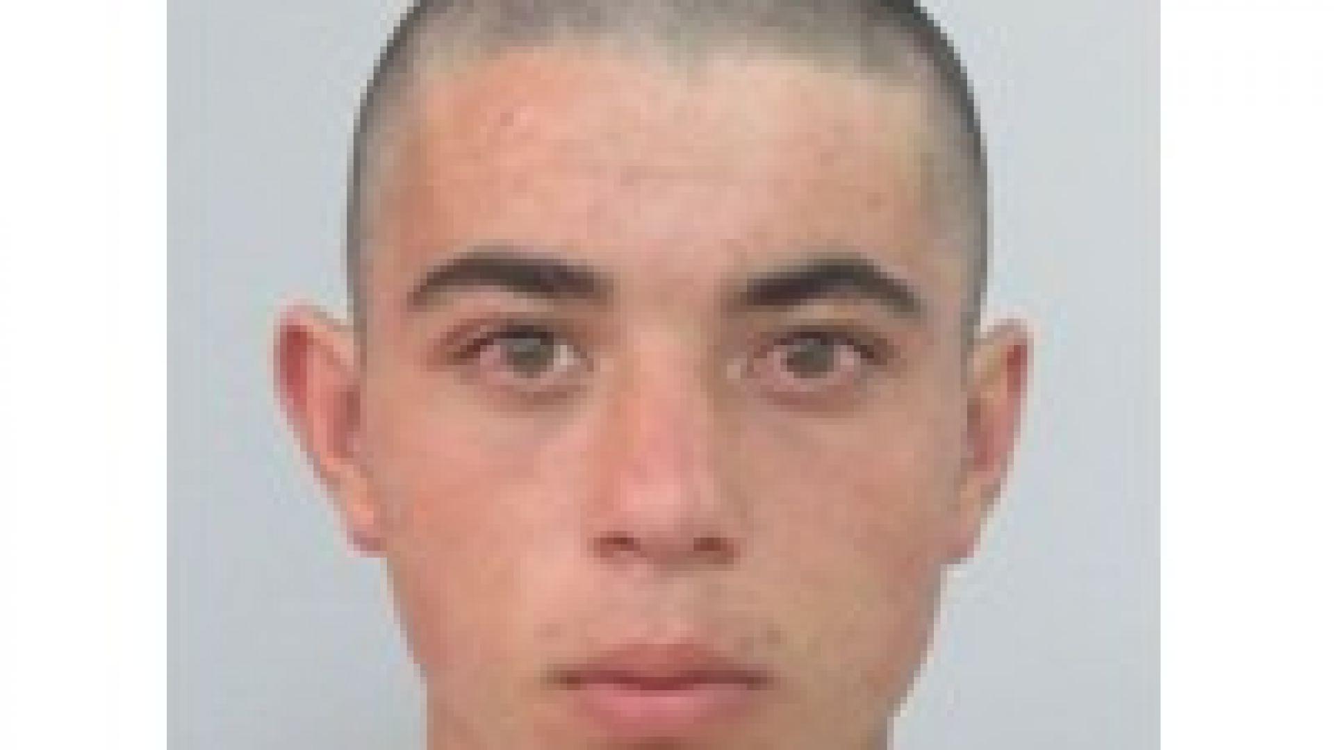 Пълни самопризнания пред адвокат е направил 21-годишният Мартин Трифонов, който