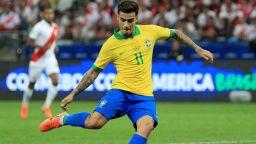 Байерн официално представи бразилското си бижу от Барса