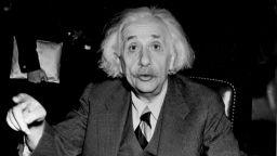 Стани Айнщайн за един ден!