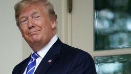 Втори републиканец излиза срещу Тръмп за номинация от партията за президентските избори