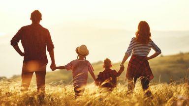 Хората с деца са по-щастливи