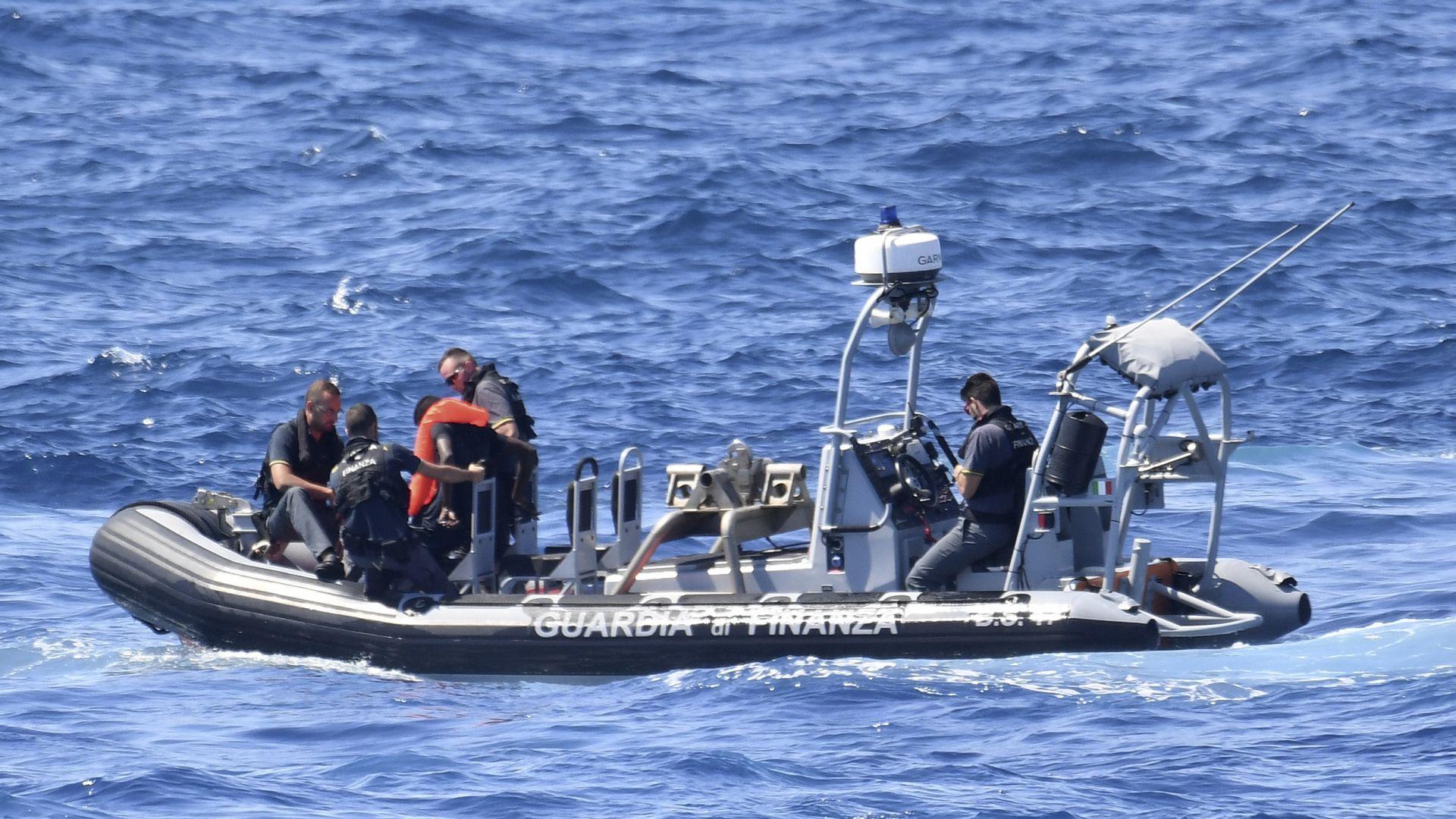 7 мъртви мигранти са открити край Лампедуза
