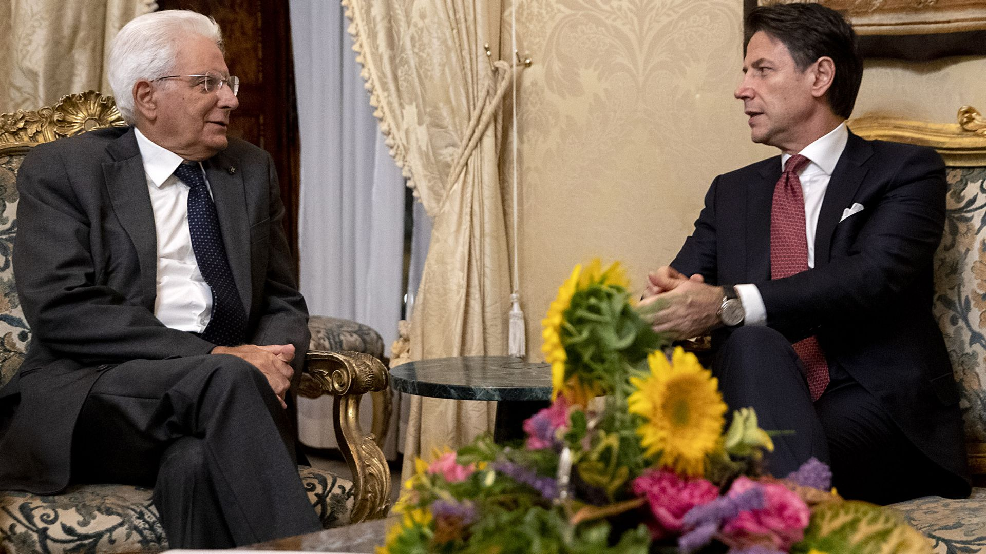 Президентът на Италия Серджо Матарела започва от днес двудневни консултации