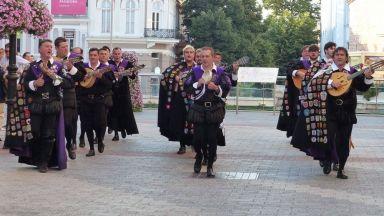 """Испанците от """"Ла Туна"""" с безплатен концерт за Деня на Пловдив"""