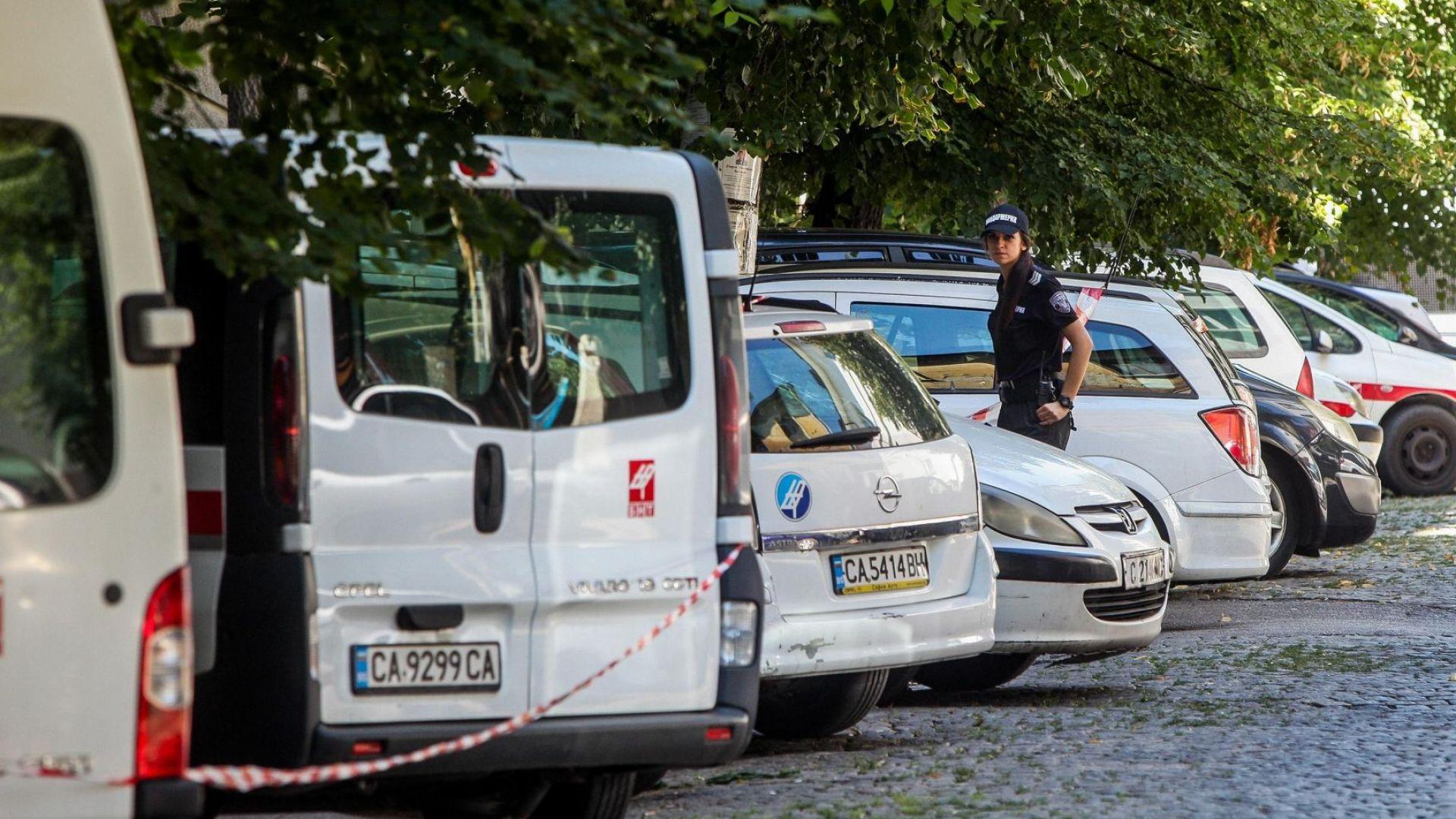 """Писмата с """"бомбите"""" са пратени от Швеийцария и Сейшелите"""