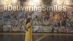 """""""Амазон"""" откри в Индия най-големия си комплекс (снимки)"""