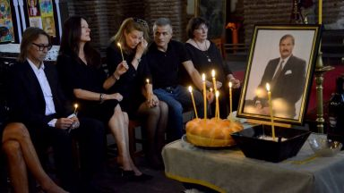Последно сбогом си взеха роднини, приятели и политици с Жорж Ганчев