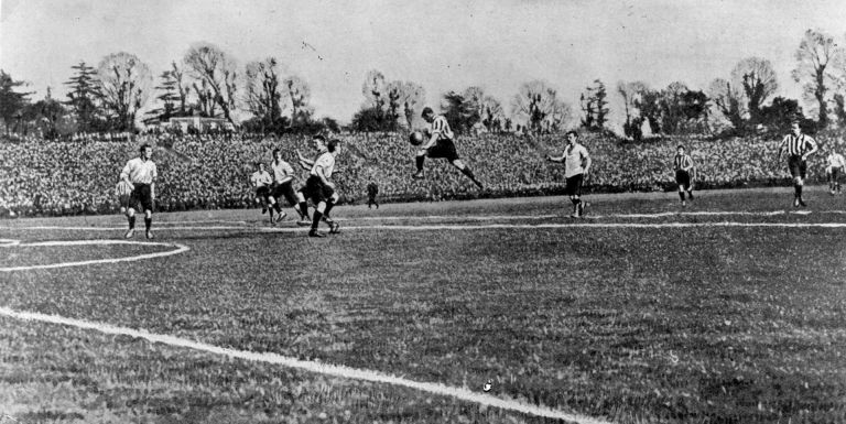 1900 г., Бери - Саутхемптън 4:0 на финала за Купата на ФА. Клубът печели два пъти трофея