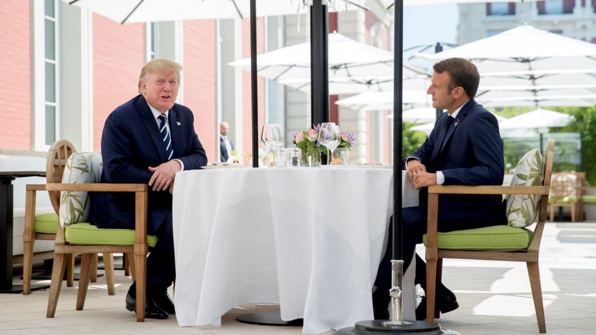 Европа обмисля нови данъчни намаления, за  да се стимулира растежът, заяви  Макрон пред Тръмп