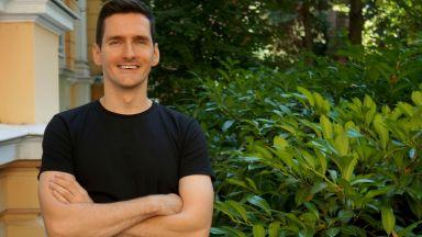 Жарко Ковачевич от S.A.R.S. – икономистът, който покори хиляди хора с гласа си