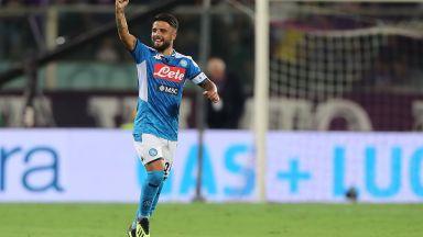 Наполи грабна победата след футболно зрелище във Флоренция