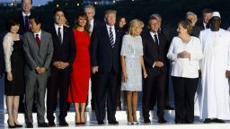 Вечерята на лидерите от Г-7 е била напрегната заради Русия (снимки)