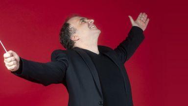 Маестро Найден Тодоров: Мотото, което избрахме за 91-я ни сезон е: Всеки концерт е празник!
