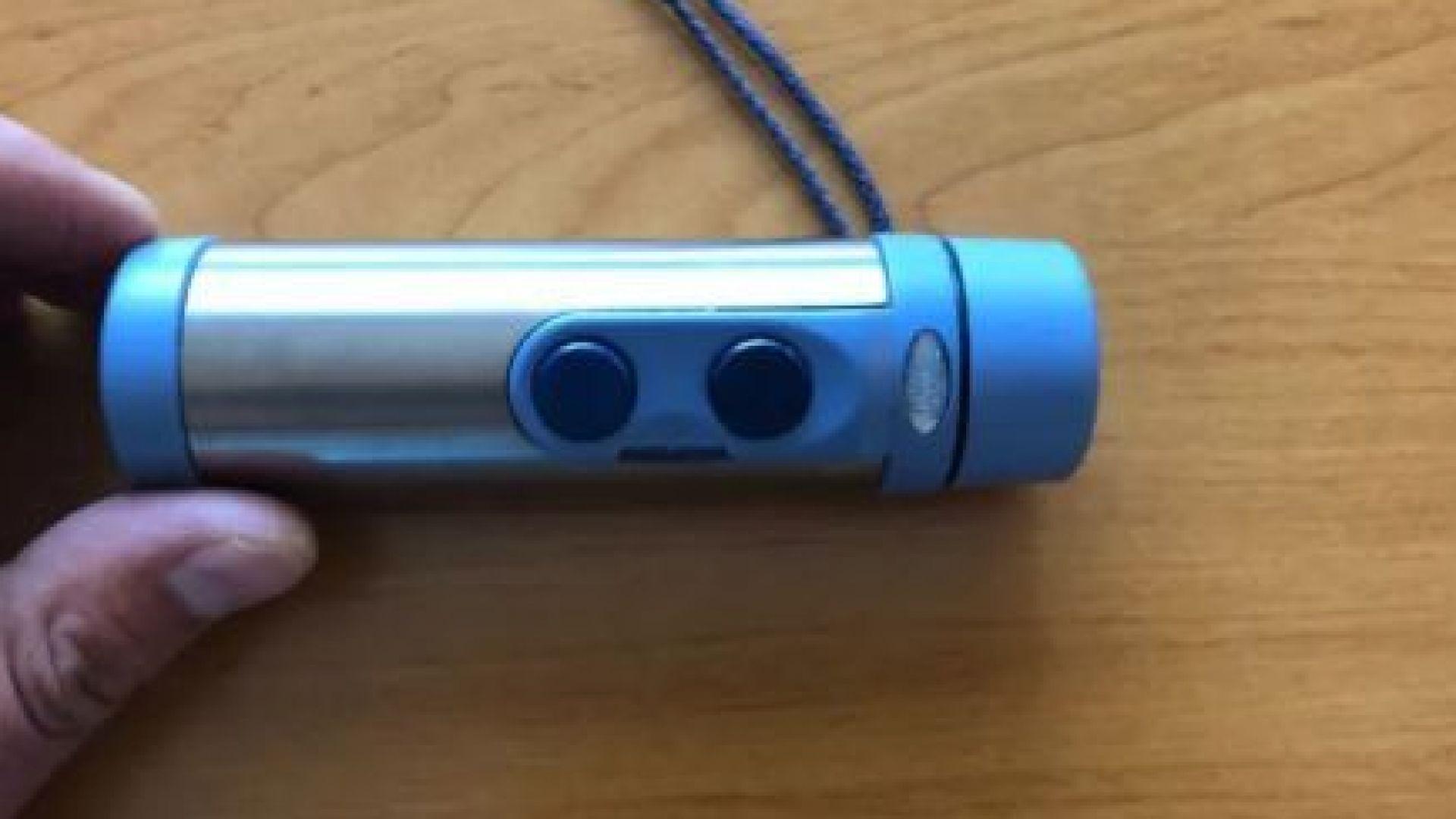 Кой посегна на ларингофона, с който общува мъж, загубил гласа