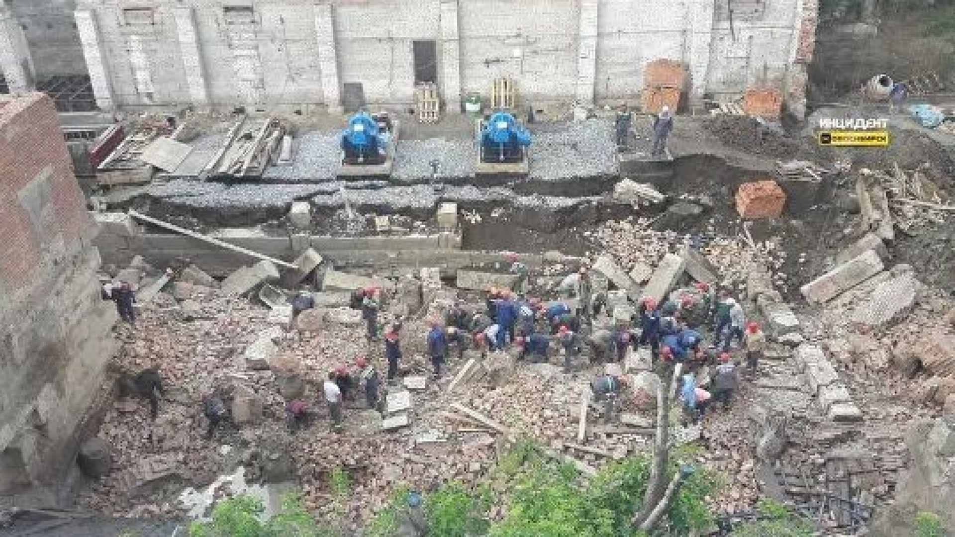 Стена от сграда се срути в Новосибирск, има загинали