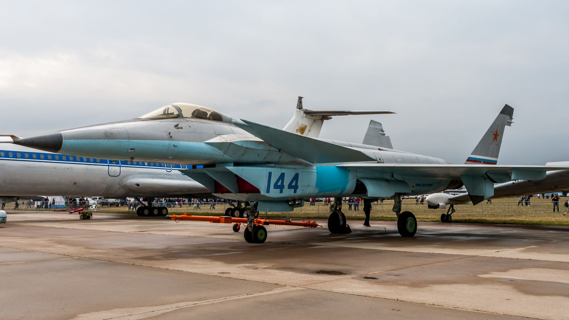 МиГ-1,44