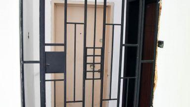 Убийците на треньора и жена му търсели пари от продаден апартамент