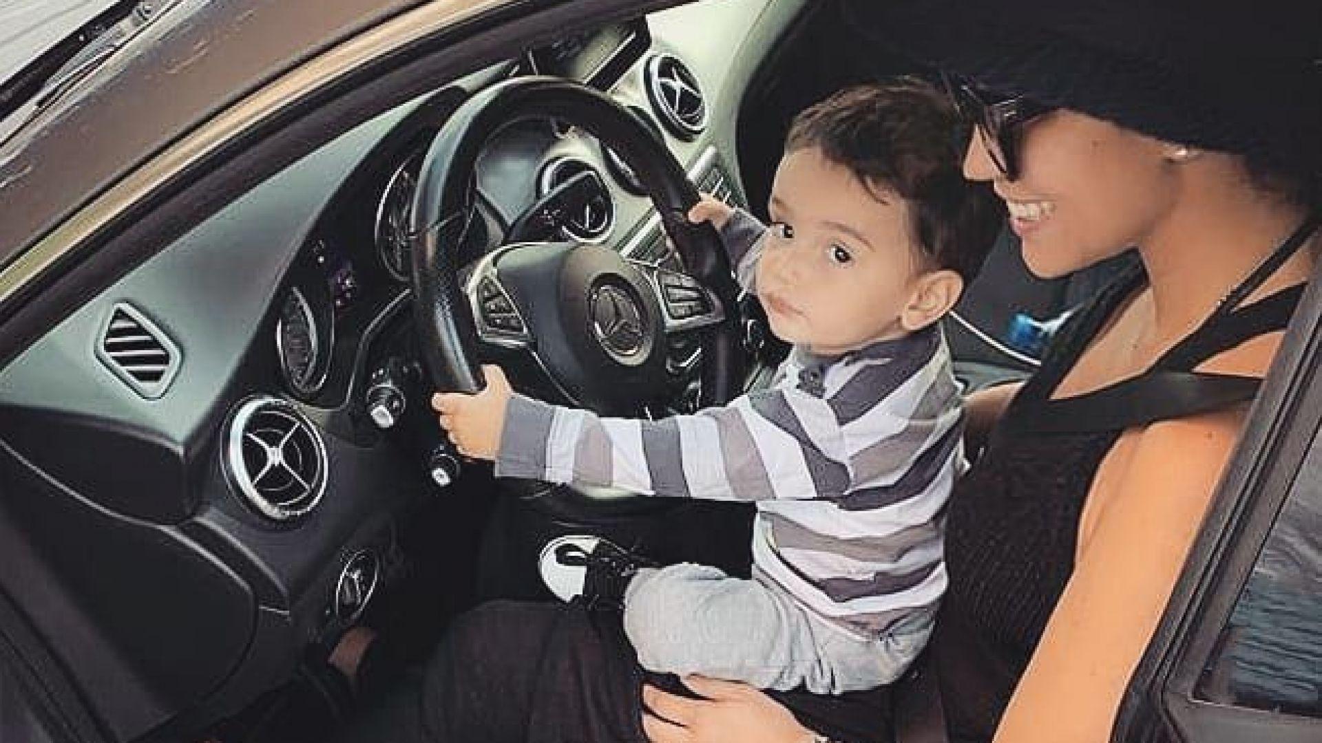Личният шофьор на Мария Илиева е… синът ѝ