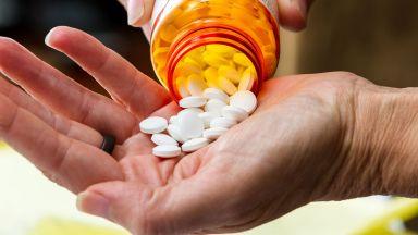 """Най-смъртоносната """"епидемия"""" в историята на САЩ, причинена от човек - опиоидната"""