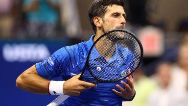 """""""Остави ме, играя тенис"""" - малкият Ноле и първата му ракета (Видео)"""