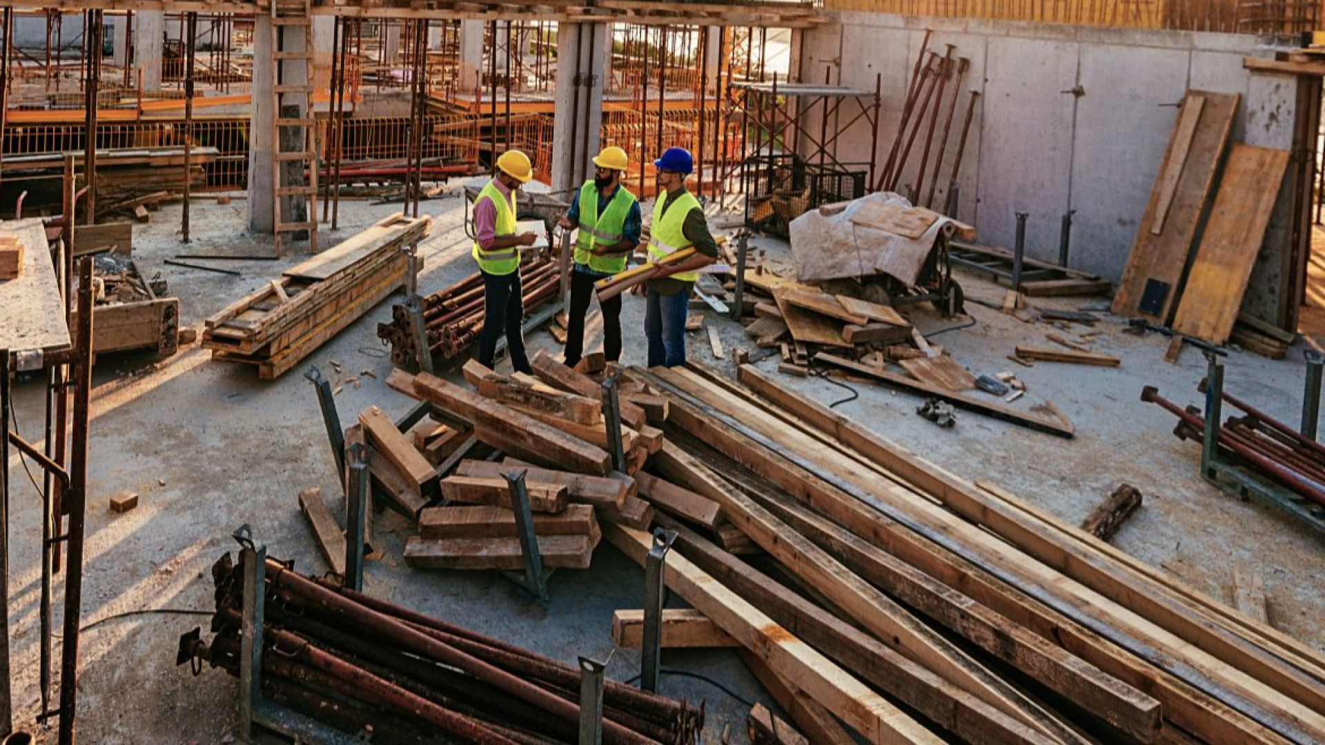 Работодателите са длъжни да платят извънредния труд по време на кризата