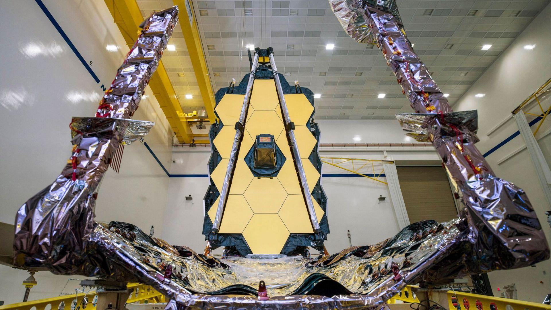 """НАСА отложи изстрелването на телескопа """"Джеймс Уеб"""""""