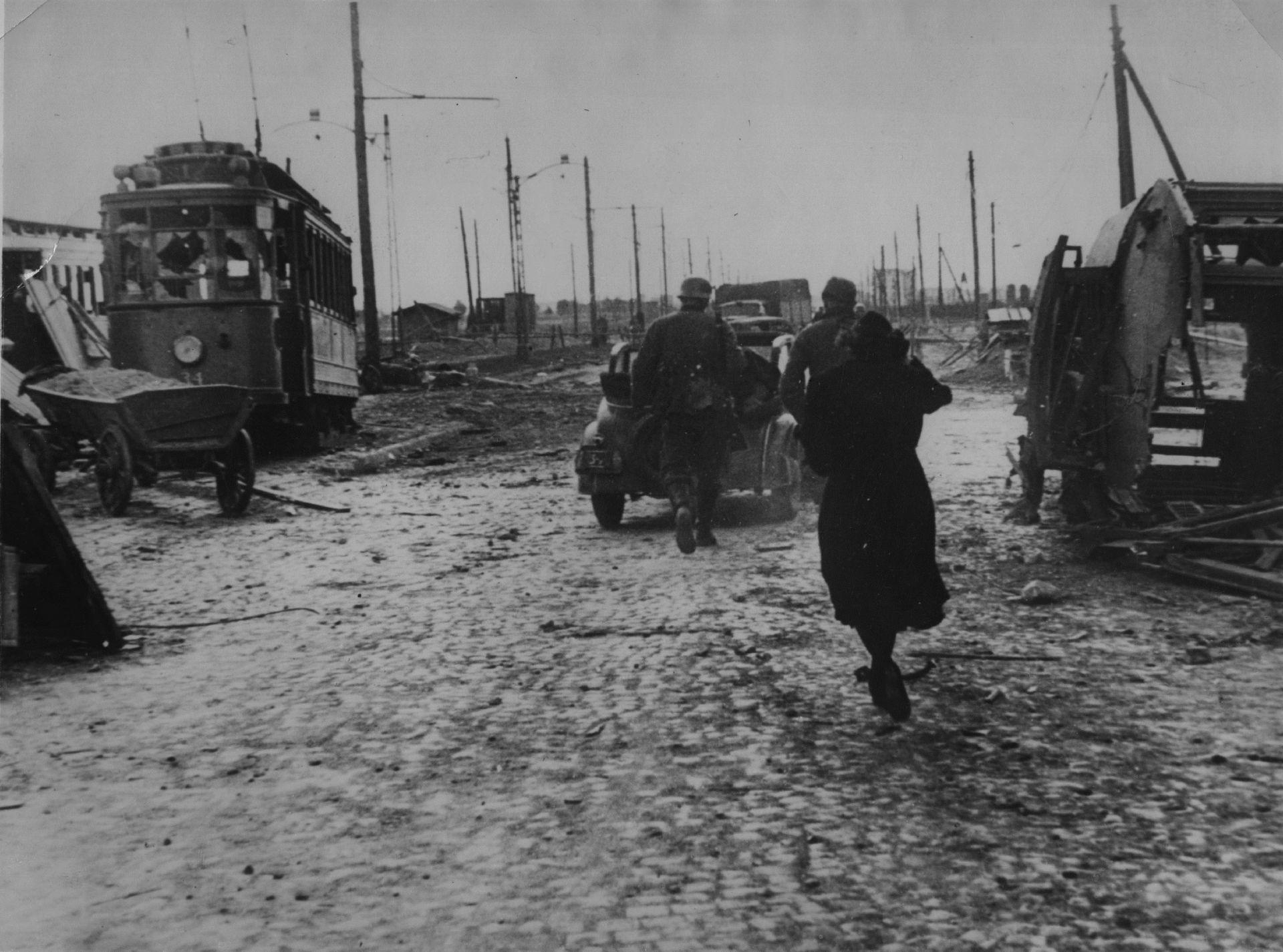 1939 г. Варшава след бомбардировка на германските военновъздушни сили