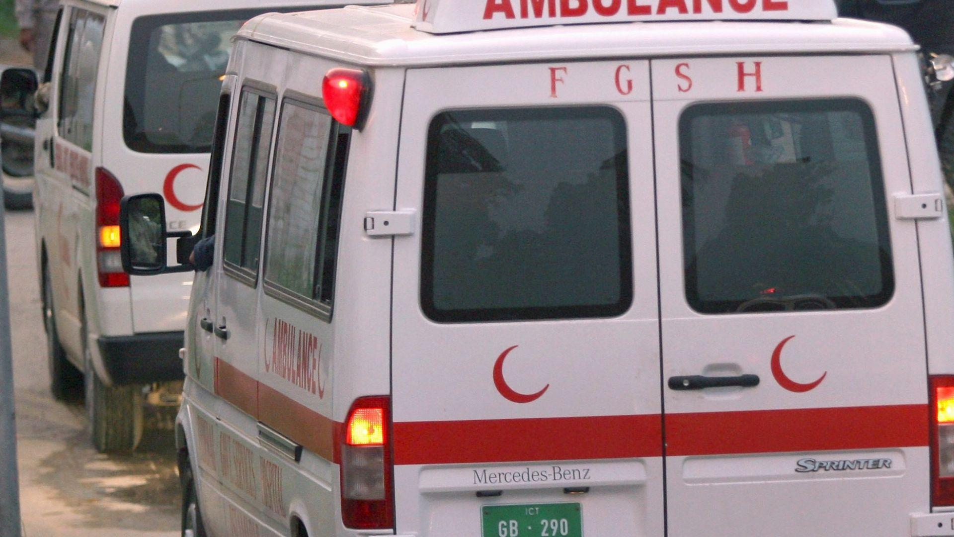 Пикап падна в река в Пакистан,  24-ма загинаха, сред тях 11 деца