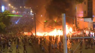 Сблъсъци в Хонконг, полицията използва сълзотворен газ и водни оръдия