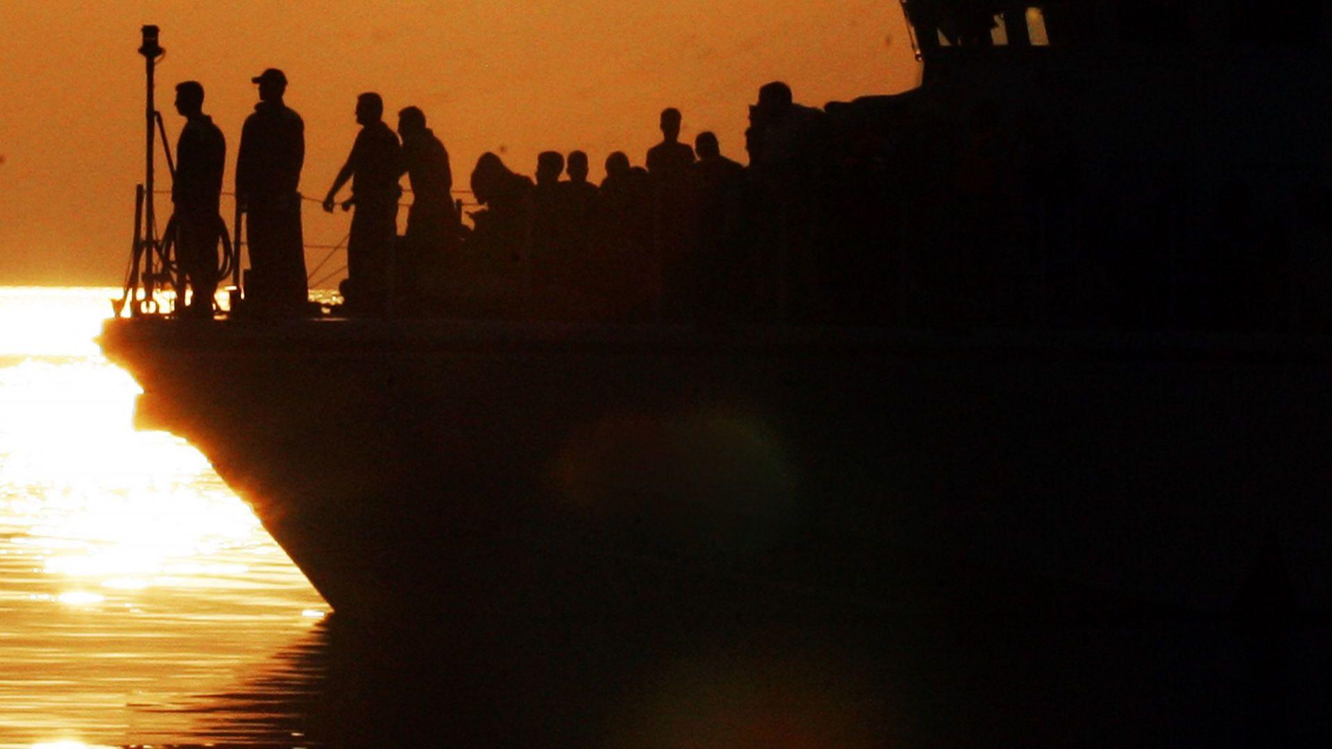 7 извънредни мерки: Гърция реши как да се справи с рязко засилената мигрантска вълна
