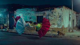 """""""Летящите холити"""" на фотографа Тод Антъни"""