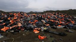 """Маринов призна за """"усложнена ситуация"""" с мигрантите"""