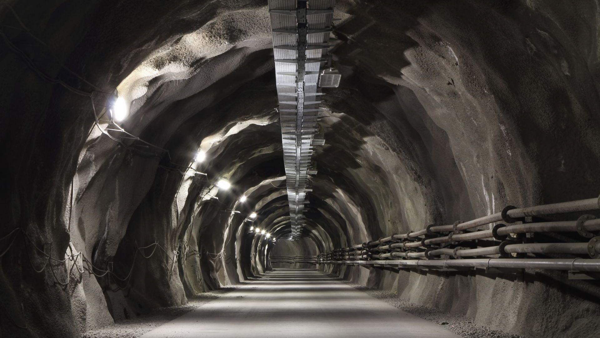 """Завръщането на """"тунелните плъхове"""" - защо Пентагонът слиза в подземията?"""