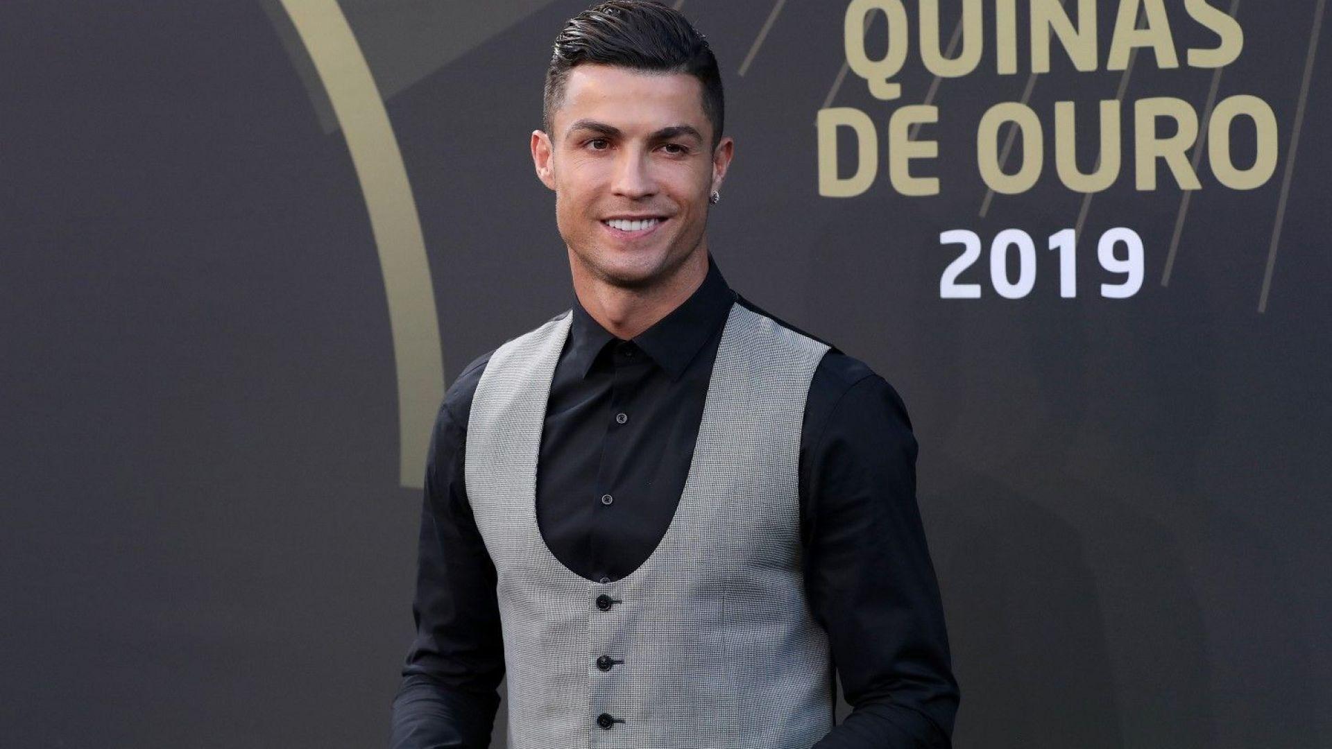 Кристиано Роналдо става първият милиардер във футбола