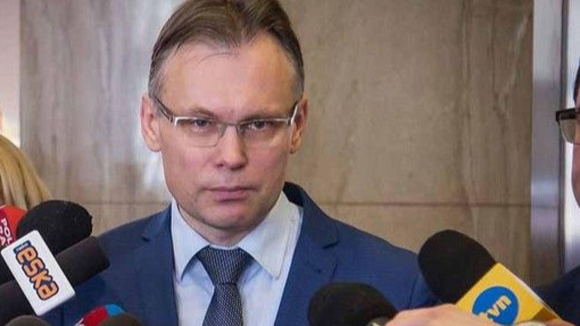 """Полски депутат: Не е достатъчно Германия да каже само """"съжалявам"""" за войната"""